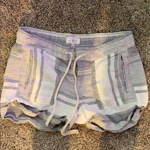Lou and Grey linen shorts